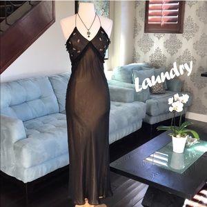 🌸👗Laundry beautiful silk dress ❤️